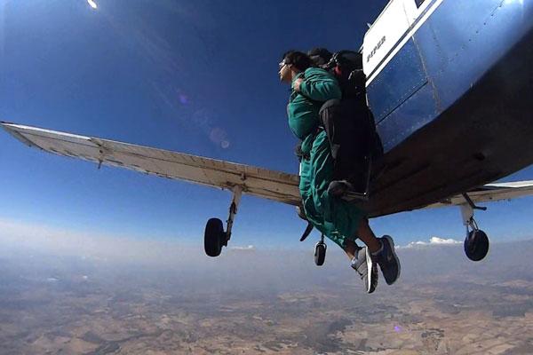 Salto en paracaídas Alicante. puraventuraspain.com